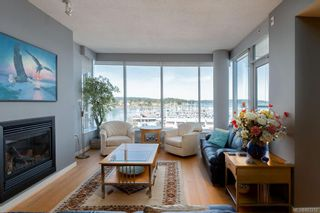 Photo 3: 502 9809 Seaport Pl in Sidney: Si Sidney North-East Condo for sale : MLS®# 883312