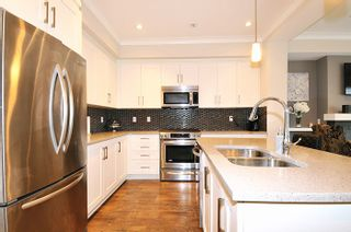 "Photo 7: 24 11461 236 Street in Maple Ridge: East Central Townhouse for sale in ""TWO BIRDS"" : MLS®# R2146030"