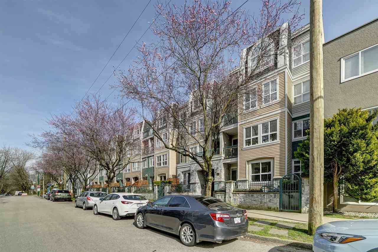 "Main Photo: 313 3278 HEATHER Street in Vancouver: Cambie Condo for sale in ""THE HEATHERSTONE"" (Vancouver West)  : MLS®# R2561814"