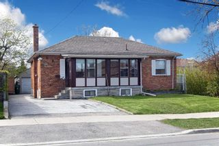 Photo 1: 233 Falstaff Avenue in Toronto: Maple Leaf House (Bungalow) for sale (Toronto W04)  : MLS®# W4815222