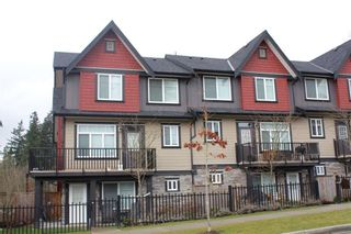 """Photo 3: 2 6929 142ND Street in Surrey: East Newton Townhouse for sale in """"REDWOOD"""" : MLS®# R2354348"""