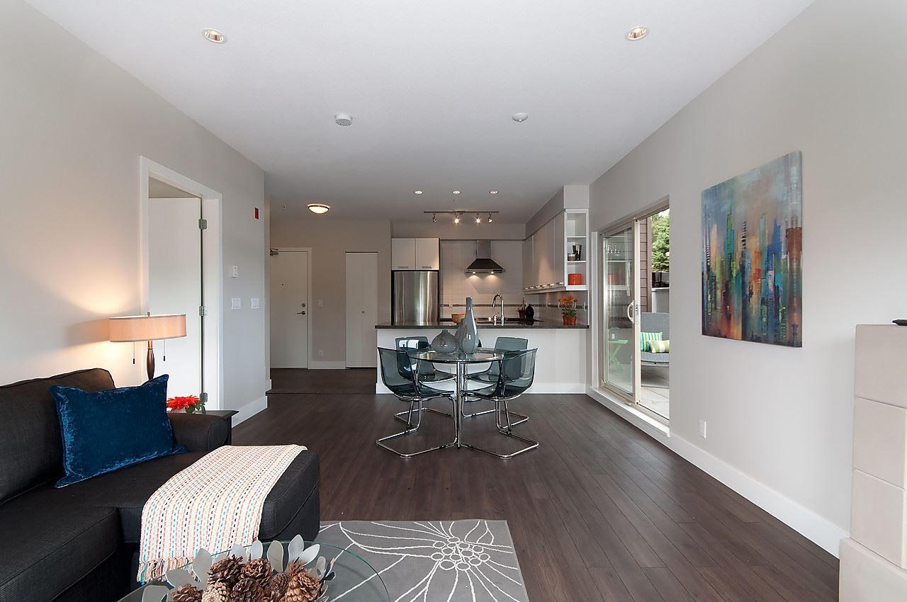 """Photo 13: Photos: 205 1273 MARINE Drive in North Vancouver: Norgate Condo for sale in """"THE IVY"""" : MLS®# R2116116"""
