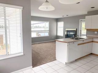 Photo 5: 20126 WHARF Street in Maple Ridge: Southwest Maple Ridge House for sale : MLS®# R2599414