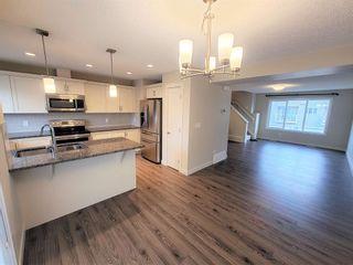 Photo 5: 34 2121 HADDOW Drive in Edmonton: Zone 14 Townhouse for sale : MLS®# E4250446