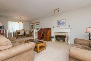 "Photo 3: 9269 152A Street in Surrey: Fleetwood Tynehead House for sale in ""Berkshire"" : MLS®# R2240790"
