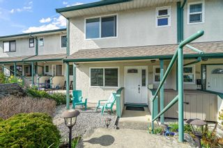 Photo 2: 503 642 Agnes St in : SW Glanford Row/Townhouse for sale (Saanich West)  : MLS®# 872000