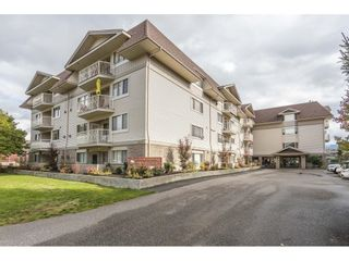 Photo 2: 112 9186 EDWARD Street in Chilliwack: Chilliwack W Young-Well Condo for sale : MLS®# R2625935