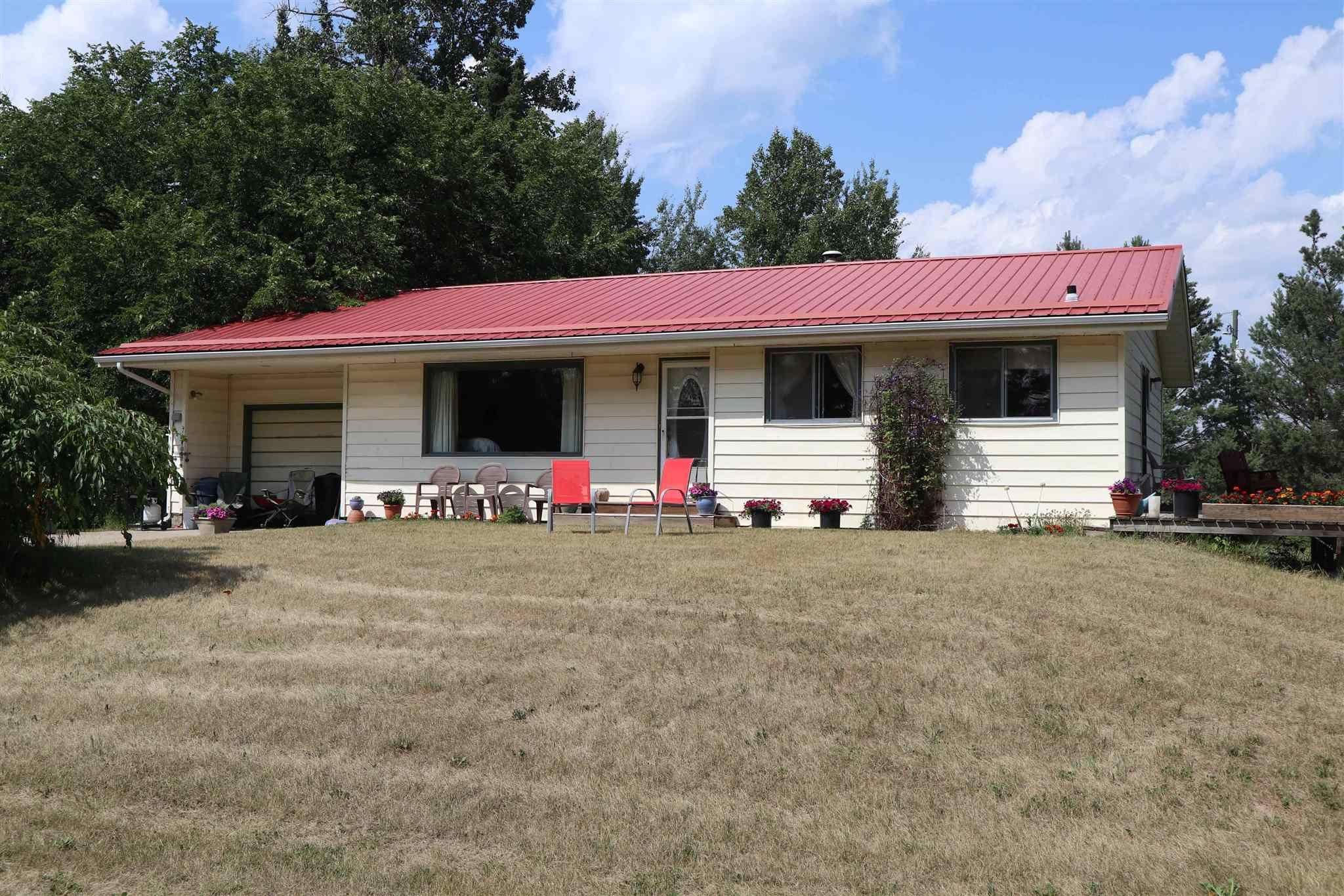 Main Photo: 51055 RR 33: Rural Leduc County House for sale : MLS®# E4256135