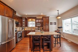 Photo 4: 32514 ABERCROMBIE Place in Mission: Mission BC House for sale : MLS®# R2388870