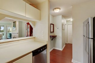 """Photo 12: 102 315 E 3RD Street in North Vancouver: Lower Lonsdale Condo for sale in """"Dunbarton Manor"""" : MLS®# R2574510"""