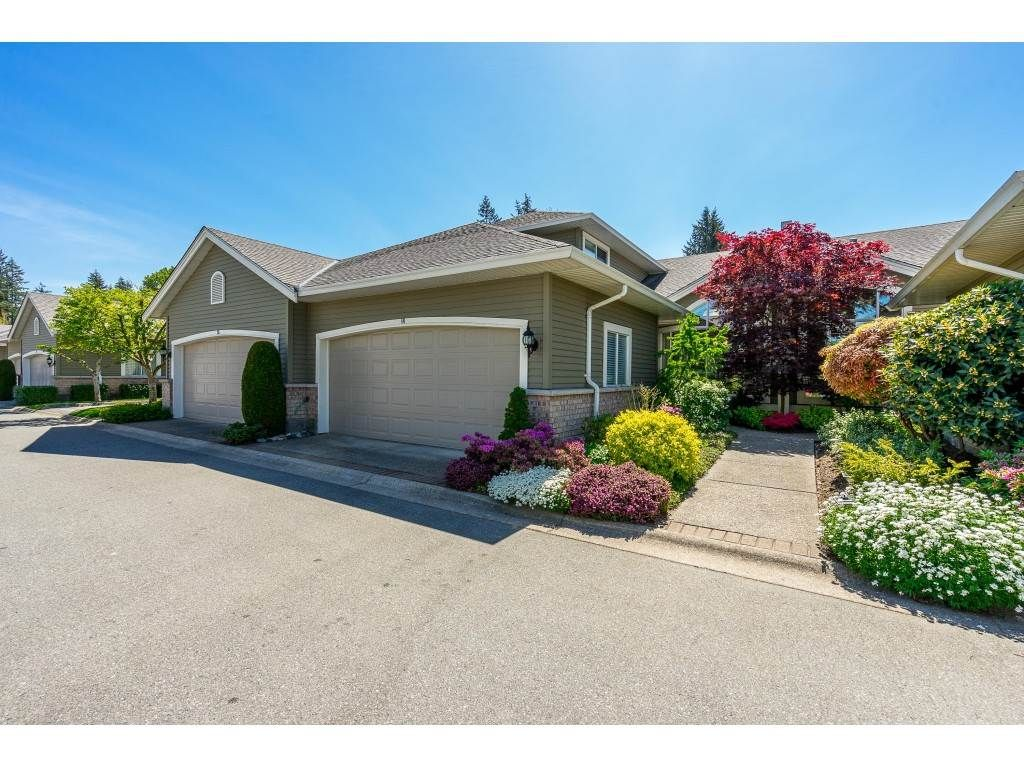 """Main Photo: 14 2672 151 Street in Surrey: Sunnyside Park Surrey Townhouse for sale in """"THE WESTERLEA"""" (South Surrey White Rock)  : MLS®# R2366733"""