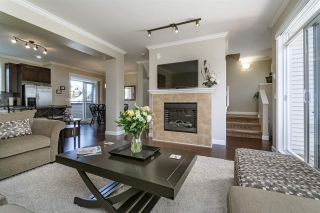 Photo 3: 35 7168 179TH STREET in Surrey: Cloverdale BC Townhouse for sale (Cloverdale)  : MLS®# R2168940