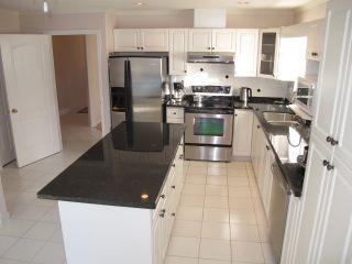 Photo 6: 12131 221 Street in Maple Ridge: West Central 1/2 Duplex for sale : MLS®# R2339405