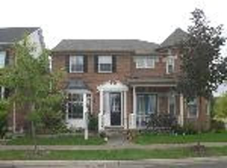 Main Photo: 97 The Meadows: Freehold for sale : MLS®# n767572