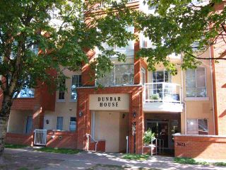 """Photo 1: 307 3621 W 26TH Avenue in Vancouver: Dunbar Condo for sale in """"Dunbar House"""" (Vancouver West)  : MLS®# R2390860"""