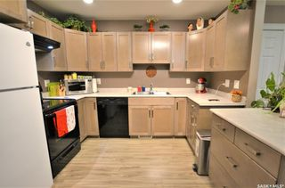 Photo 4: 104 M Avenue South in Saskatoon: Pleasant Hill Residential for sale : MLS®# SK842125