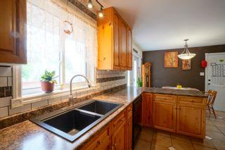 Photo 12: 703 4th Street NE in Portage la Prairie: House for sale : MLS®# 202115922