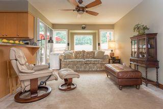 "Photo 7: 1004 TOBERMORY Way in Squamish: Garibaldi Highlands House for sale in ""Garibaldi Highlands"" : MLS®# R2193419"