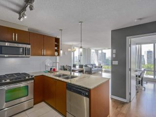 """Photo 8: 705 9888 CAMERON Street in Burnaby: Sullivan Heights Condo for sale in """"SILHOUETTE"""" (Burnaby North)  : MLS®# R2272765"""
