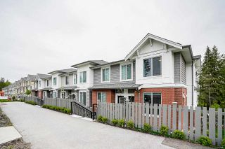 """Photo 2: 8 9688 162A Street in Surrey: Fleetwood Tynehead Townhouse for sale in """"CANOPY LIVING"""" : MLS®# R2573891"""