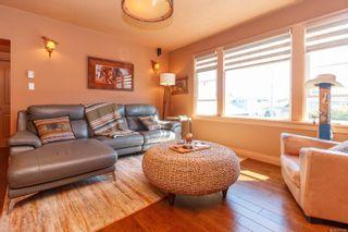 Photo 5: 2060 Townley St in : OB Henderson House for sale (Oak Bay)  : MLS®# 873106