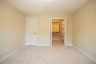 "Photo 2: 9 9699 SILLS Avenue in Richmond: McLennan North Townhouse for sale in ""KINSBRIDGE"" : MLS®# R2326507"