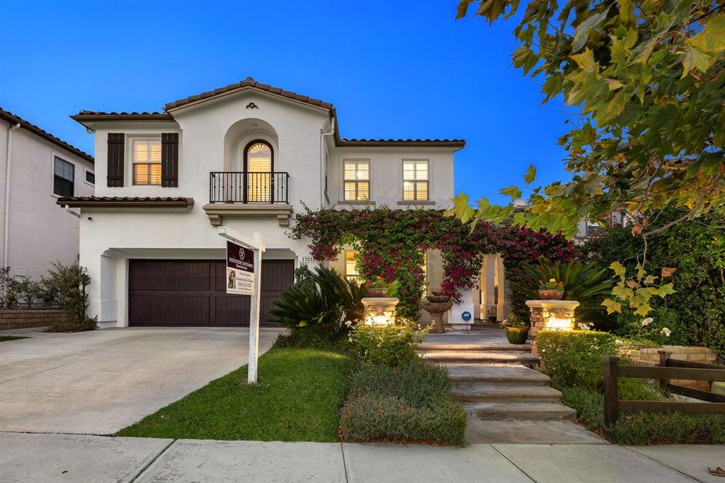 Main Photo: CARMEL VALLEY House for sale : 5 bedrooms : 13215 Sunset Point Way in San Diego