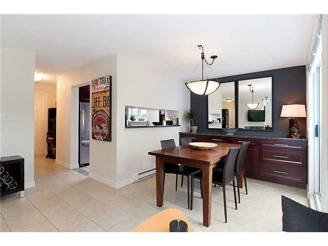 Photo 5: Photos: 401 1465 COMOX Street in Vancouver: West End VW Condo for sale (Vancouver West)  : MLS®# V957828