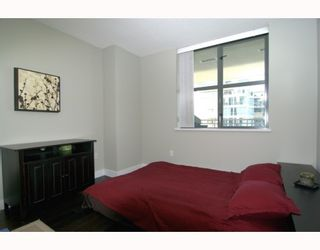 """Photo 10: 1904 1088 QUEBEC Street in Vancouver: Mount Pleasant VE Condo for sale in """"THE VICEROY"""" (Vancouver East)  : MLS®# V754003"""