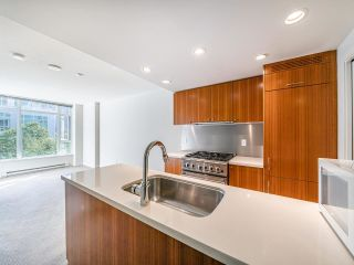 """Photo 2: 409 1133 HOMER Street in Vancouver: Yaletown Condo for sale in """"H&H"""" (Vancouver West)  : MLS®# R2582062"""