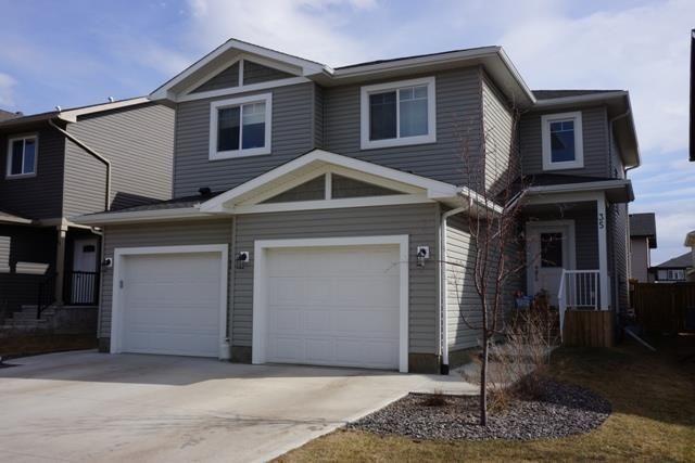 Main Photo: 35 ROSEBERRY Lane: Fort Saskatchewan House Half Duplex for sale : MLS®# E4241855