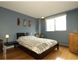 """Photo 8: 303 540 LONSDALE Avenue in North_Vancouver: Lower Lonsdale Condo for sale in """"Grosvenor Place"""" (North Vancouver)  : MLS®# V757552"""