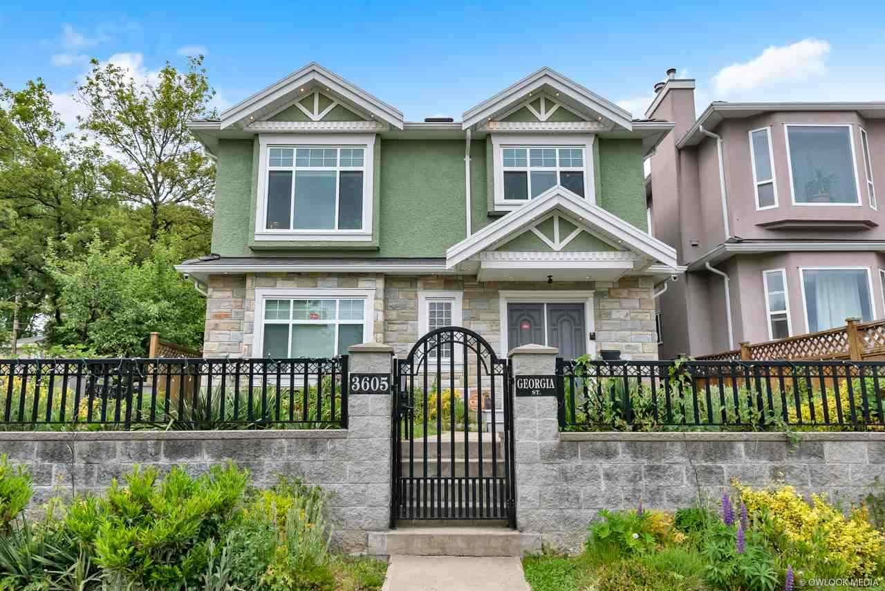 Main Photo: 3605 E GEORGIA STREET in Vancouver: Renfrew VE House for sale (Vancouver East)  : MLS®# R2448812