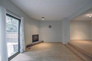 Photo 4: 5 3302 50 Street NW in Calgary: Varsity Row/Townhouse for sale : MLS®# A1147127