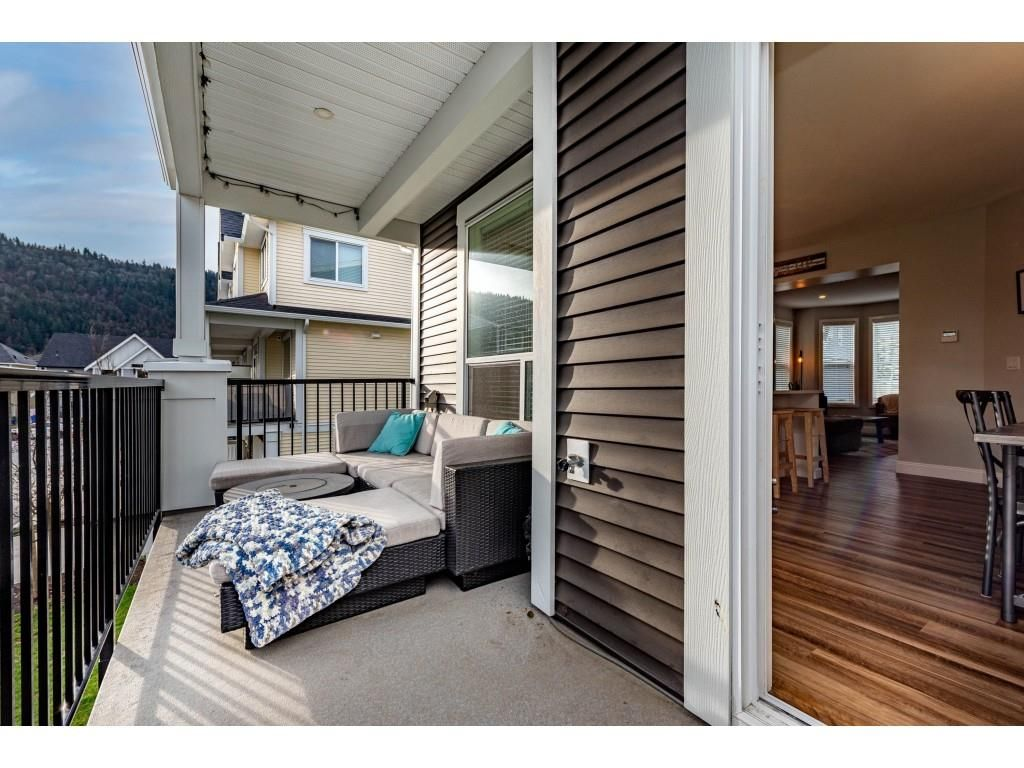 """Photo 31: Photos: 5488 DRIFTWOOD Street in Chilliwack: Vedder S Watson-Promontory Condo for sale in """"WEBSTER CROSSING"""" (Sardis)  : MLS®# R2527096"""