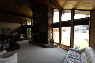 Photo 4: 1301 Deodar Road in Scotch Creek: House for sale : MLS®# 10097025