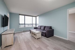 """Photo 2: 1509 5288 MELBOURNE Street in Vancouver: Collingwood VE Condo for sale in """"Emerald Park Place"""" (Vancouver East)  : MLS®# R2525897"""