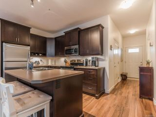 Photo 5: 804 1675 Crescent View Dr in NANAIMO: Na Central Nanaimo Row/Townhouse for sale (Nanaimo)  : MLS®# 830986
