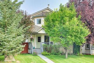 Main Photo: 22 Mt Aberdeen Link SE in Calgary: McKenzie Lake Detached for sale : MLS®# A1134725