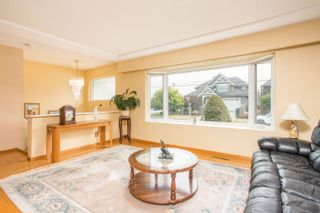 Photo 2: 726 SCHOOLHOUSE Street in Coquitlam: Central Coquitlam House for sale : MLS®# R2609829