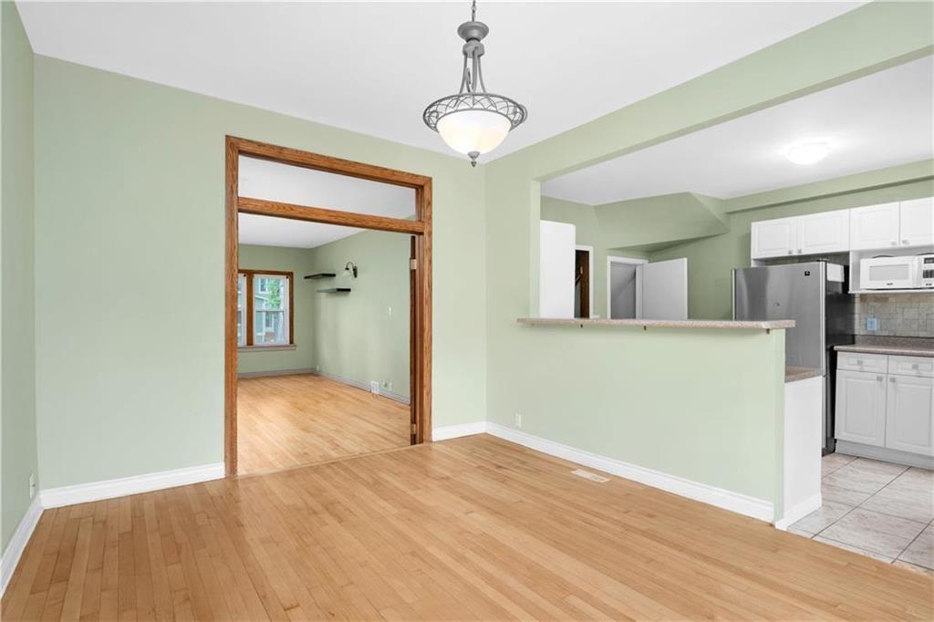 Photo 7: Photos: 778 Warsaw Avenue in Winnipeg: Residential for sale (1B)  : MLS®# 202115955