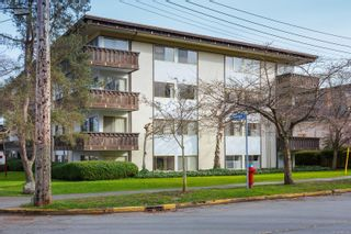 Photo 1: 410 909 Pendergast St in : Vi Fairfield West Condo for sale (Victoria)  : MLS®# 866984