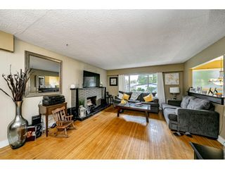 Photo 3: 10990 86A Avenue in Delta: Nordel House for sale (N. Delta)  : MLS®# R2509714