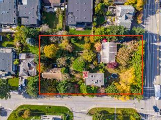 """Photo 6: 14376 NORTH BLUFF Road: White Rock House for sale in """"WEST WHITE ROCK"""" (South Surrey White Rock)  : MLS®# R2513653"""