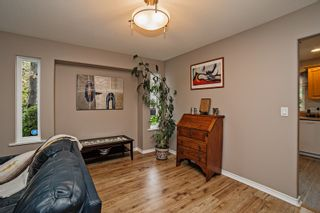 Photo 7: 7765 DUNSMUIR Street in Mission: Mission BC House for sale : MLS®# R2094625