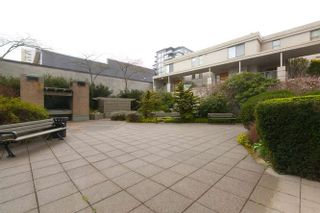 """Photo 16: 401 2288 PINE Street in Vancouver: Fairview VW Condo for sale in """"The Fairview"""" (Vancouver West)  : MLS®# R2251724"""