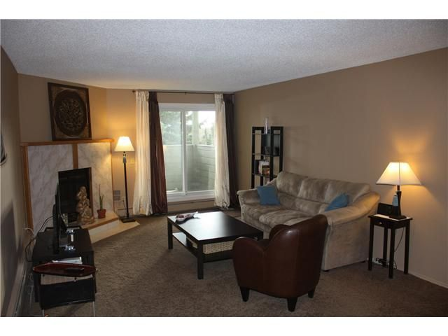 Photo 7: Photos: 3207 80 GLAMIS Drive SW in CALGARY: Glamorgan Condo for sale (Calgary)  : MLS®# C3568501