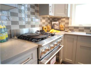 Photo 7: 334 W 14TH Avenue in Vancouver: Mount Pleasant VW Townhouse for sale (Vancouver West)  : MLS®# V1066314