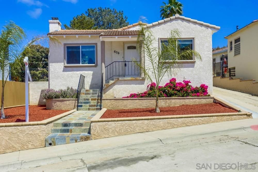 Main Photo: House for sale : 2 bedrooms : 606 Arroyo Dr in San Diego