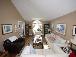 """Photo 4: 4140 GOODCHILD Street in Abbotsford: Abbotsford East House for sale in """"Hollyhock"""" : MLS®# R2587855"""